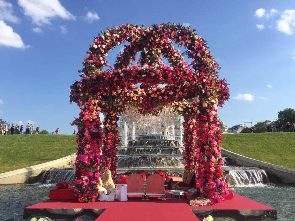 Indiai luxus esküvő